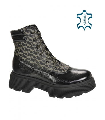 Black shiny ankle boots with gold monogram OL DKO3405