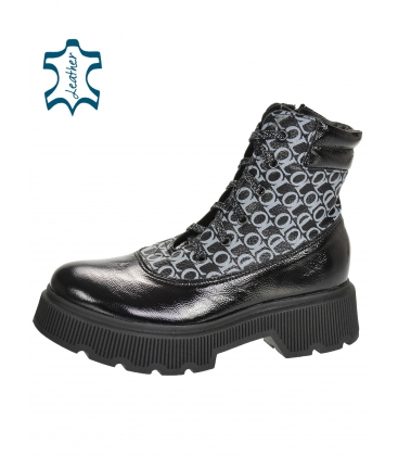 Black shiny ankle boots with silver monogram OL DKO3405