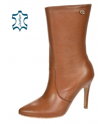 Brown ankle boots on heel 8154-B335